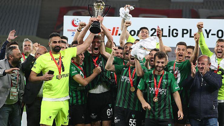 ŞAMPİYON KOCAELİSPOR! Kocaelispor 4-0 Sakaryaspor