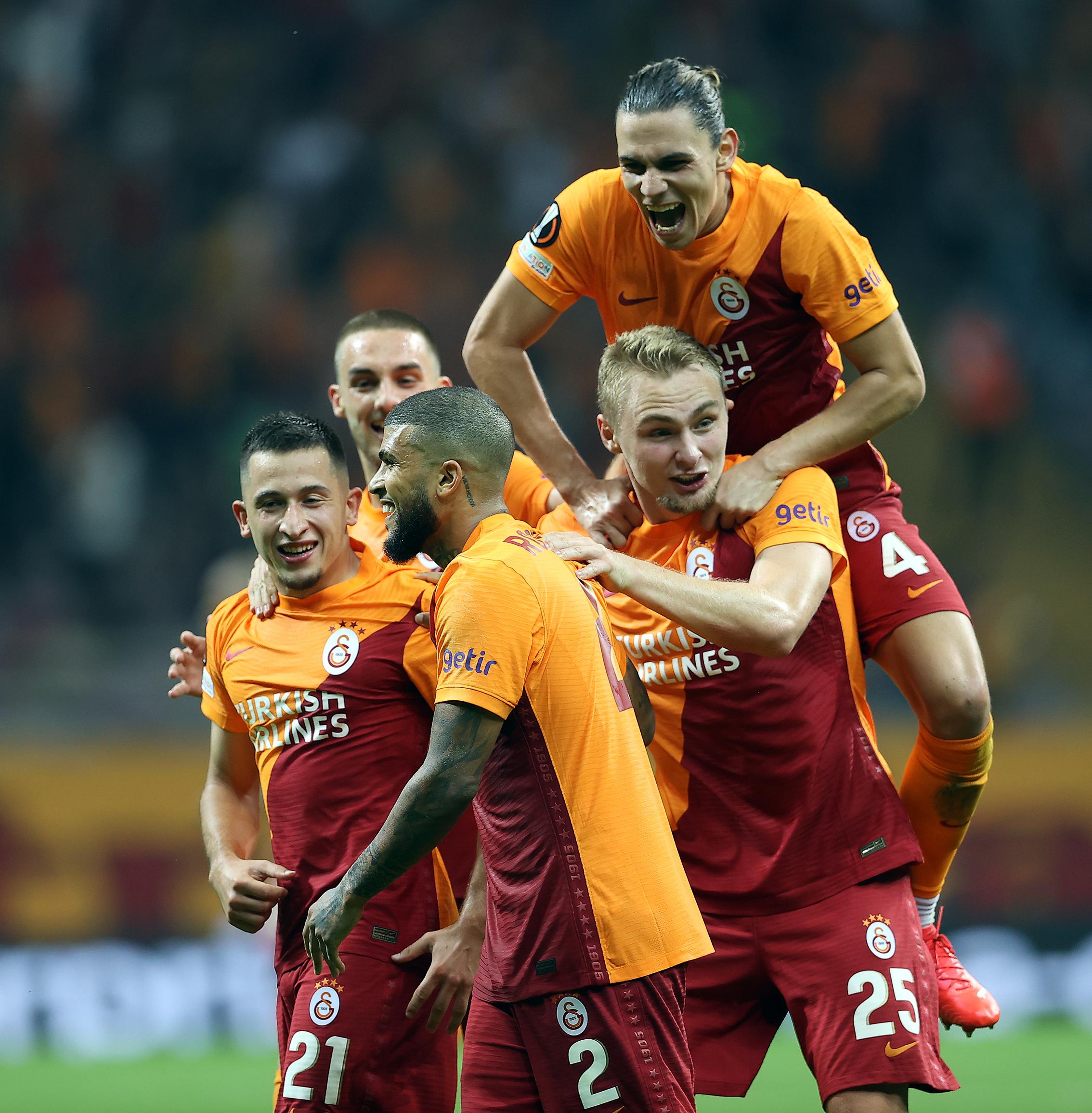 Galatasaray Lazio maç özeti izle! Galatasaray Lazio golleri izle!
